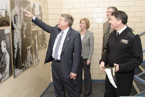 Under Secretary of Defense for Personnel and Readiness visits Headquarters USMEPCOM